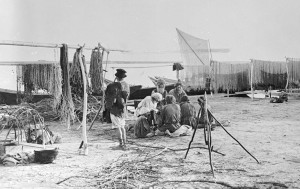 Рыбацкий стан на Волге. Фото неизвестного автора, 1892 год